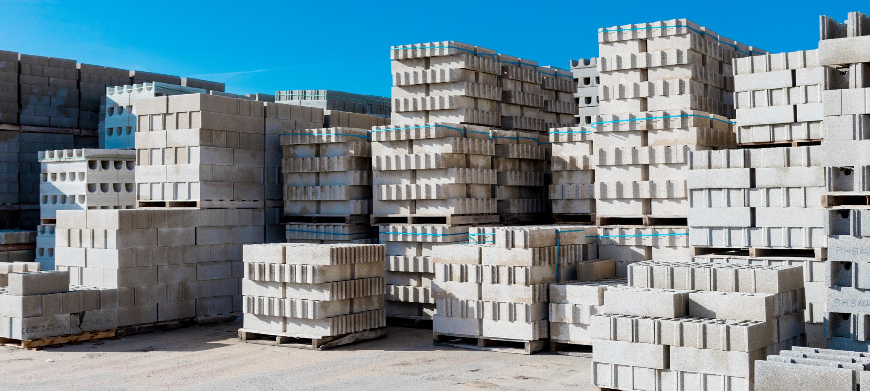 cdm Troyes aube parpaing béton mur construction rénovation matériaux gros œuvre maison